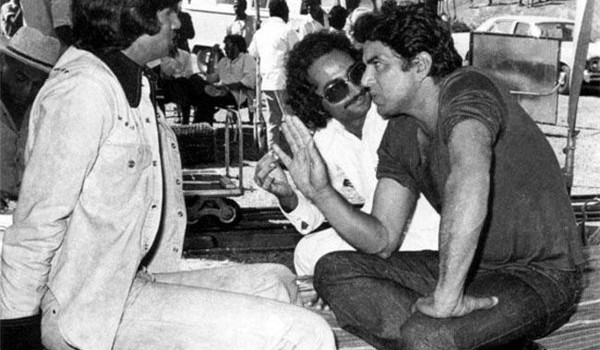 dharmendra and amitabh bachchan during an outdoor shoot for Sholay