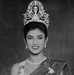 sushmita with her crown