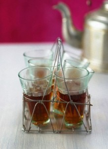 Wire rack for tea glasses