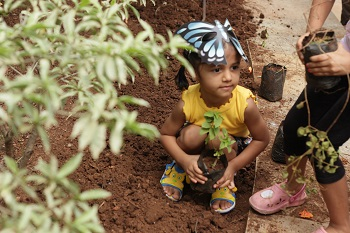 Sapling plantation drive at Khar