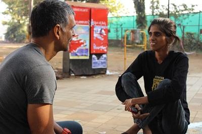 Group 4 Breathe My Space Milind Soman gives Jigna Chanpura marathon tips