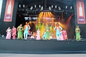 Ferriswheel Youth Ensemble presents- Ticket To Bollywood (5)