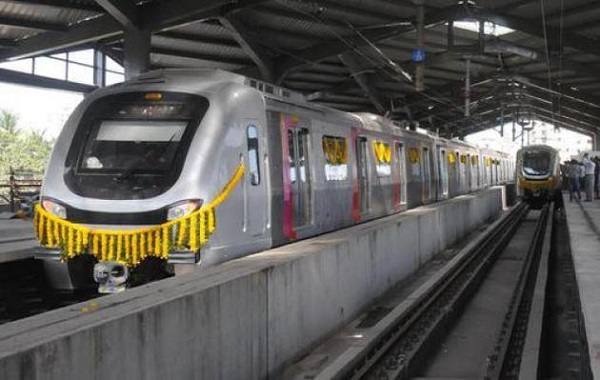 metro rail in Mumbai