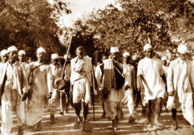 gandhi s contribution to world war 1